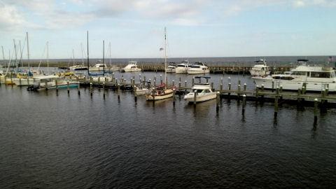 NO flooting docks!